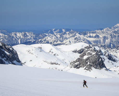 Skitourengeher am Dachsteingletscher