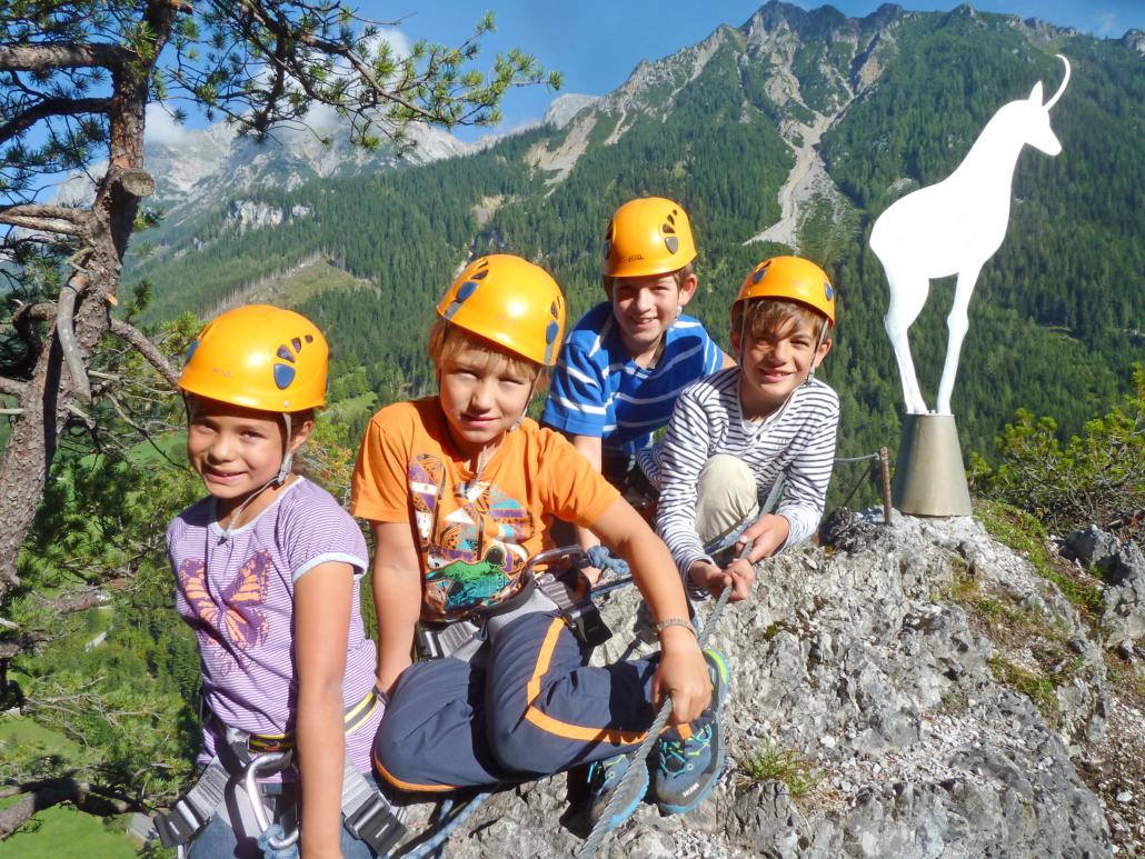 Klettersteig Kinder : Hoch hinaus klettersteig für kinder ramsau am dachstein