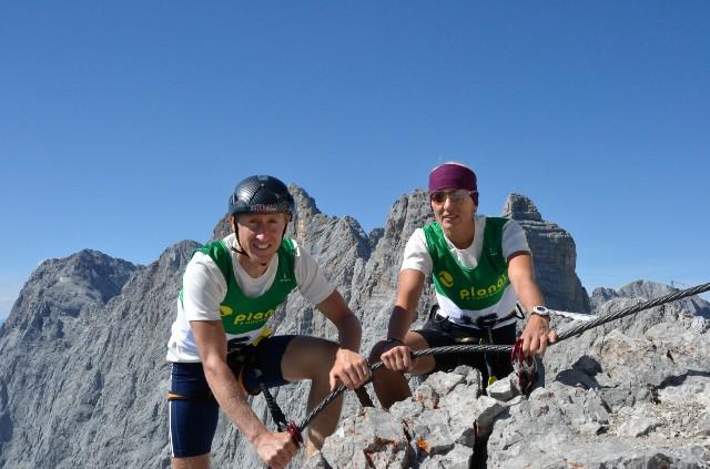 Neue Rekorde am Dachstein Skywalk durch Christian Hoffmann und Lydia Prugger.